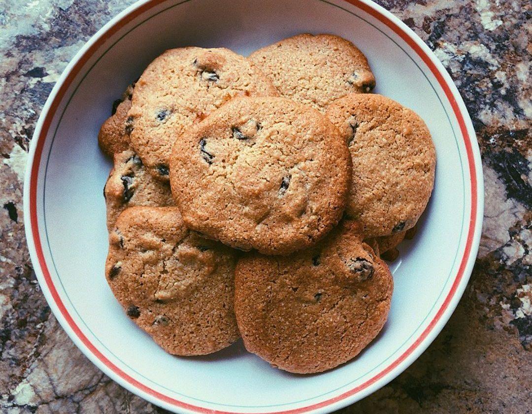 tahini raisin cookies (grain free, scd diet)