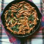 spinach parmesan pesto red lentil pasta