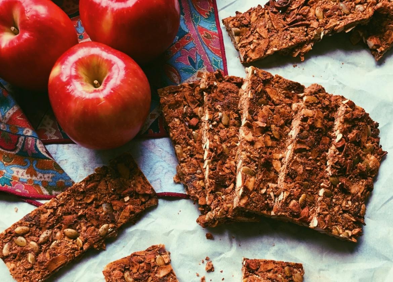 grain free apple cinnamon granola bars (scd diet)